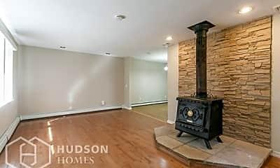 Living Room, 7 Kelly Ct, 1