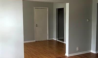 Bedroom, 2009 N Tripp Ave, 1