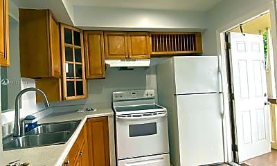 Kitchen, 6750 Arbor Dr 203, 1