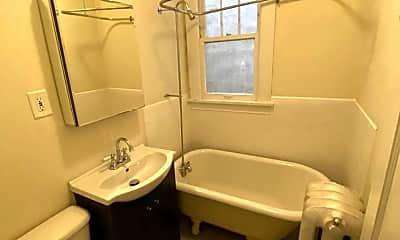 Bathroom, 69 N Griggs St, 2