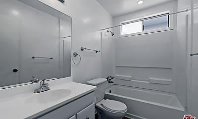 Bathroom, 3541 Jasmine Ave 6, 2