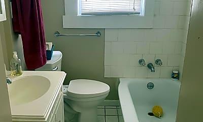 Bathroom, 621 Merwin Ave, 0