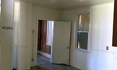 Kitchen, 514 S Shelley St, 2