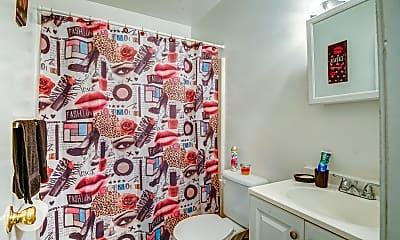 Bathroom, Lansdale Gardens, 2