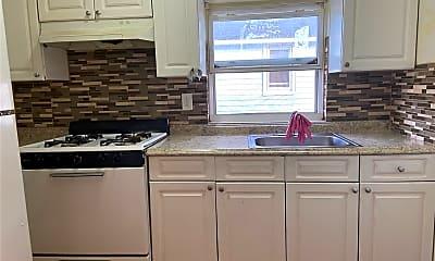Kitchen, 116-39 133rd St, 2