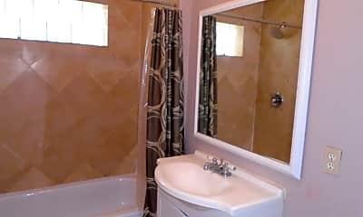 Bathroom, 205 Alta Vista St, 2