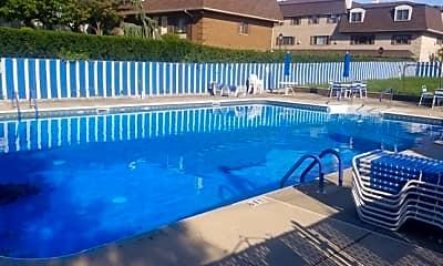 Pool, 605 Grove St 12, 1