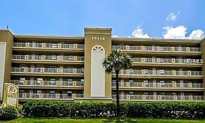 Building, 19418 Gulf Blvd 503, 0