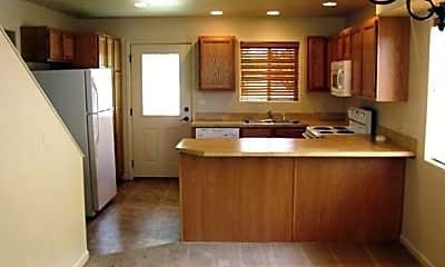 Kitchen, 192 W 26th St, 1