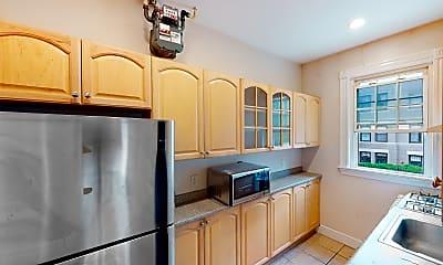 Kitchen, 15 Glenville Avenue, Unit 3, 1