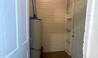 Bathroom, 816 E Carson, 2