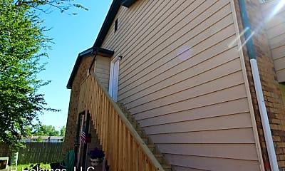 Building, 1407 Glen Oaks Ct, 1