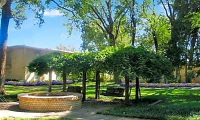 Arbor Gardens, 1