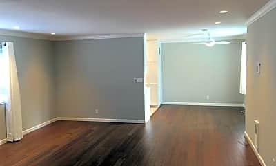 Living Room, 1674 Hollenbeck Ave, 0