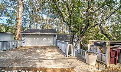 Patio / Deck, 7099 Pinehaven Rd, 1