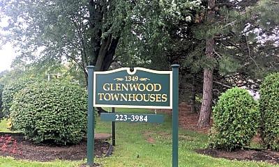 Glenwood Townhouses, 1