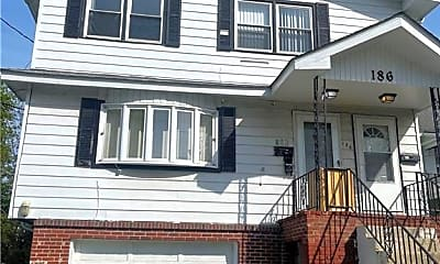 Building, 186 Highland Ave, 0