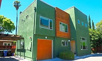 Building, 733 Bay Rd, 0