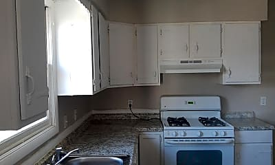 Kitchen, 411 Elliott St, 1