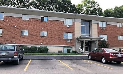 Royal Pines Apartments, 0