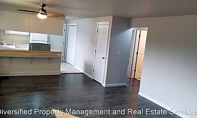 Living Room, 2601 Prairie Pl SE, 1