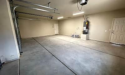 Fitness Weight Room, 3417 McClintock St, 2