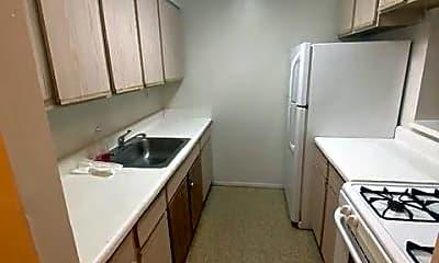 Kitchen, 590 E 165th St 2, 0