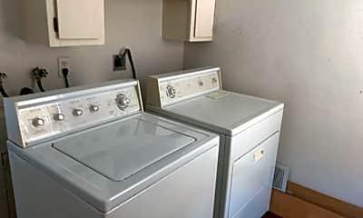 Kitchen, 823 Ellis St, 1