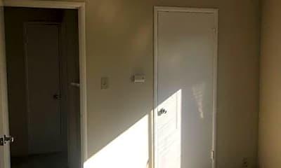 Bedroom, 1289 Magnolia Ave, 2