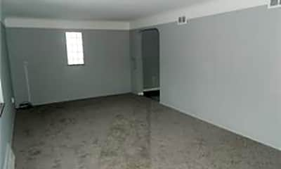 Living Room, 20500 Priday Ave, 2