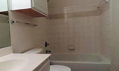 Bathroom, Treymore Eastfield, 2