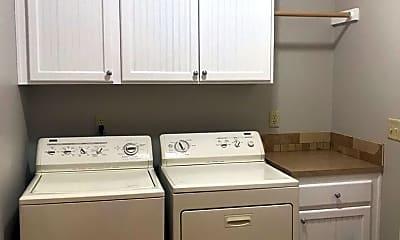 Bathroom, 22634 SW Cowlitz Dr, 2