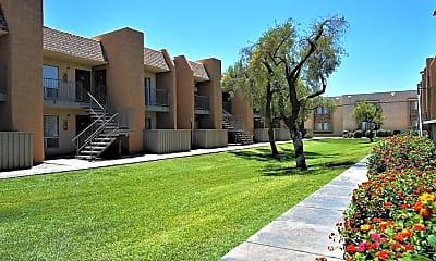 Courtyard, Sorrento Apartments, 1