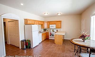 Kitchen, 1306 Maple St, 1