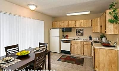 Kitchen, 1465 Alvarado Dr, 1