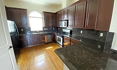 Kitchen, 6353 Richmond Ave, 1