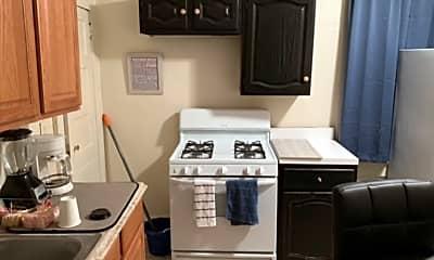 Kitchen, 819 Mill St, 1
