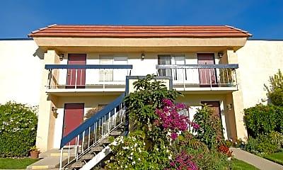 Pinehurst Apartments, 2