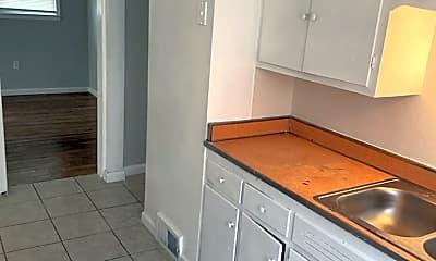 Kitchen, 12736 Kelly Rd, 1
