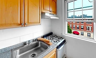 Kitchen, 15 Glenville Avenue, Unit 21, 2