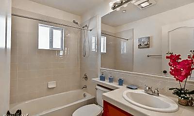 Bathroom, 6086 Hillbrook Pl, 2