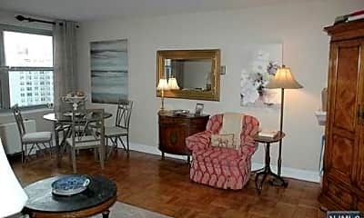 Living Room, 2100 Linwood Ave 15N, 2