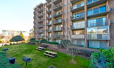Building, University Apartments - Chapel Hill - PER BED LEASE, 1