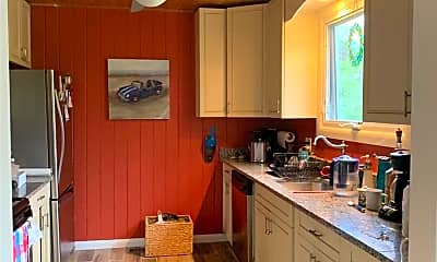 Kitchen, 23 Old Canoe Place Rd, 1