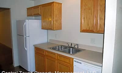 Kitchen, 940 Ramblewood St, 2