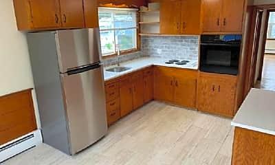 Kitchen, 602 Boston St, 2