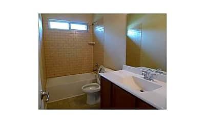 Bathroom, 505 Fisherman Trail, 2
