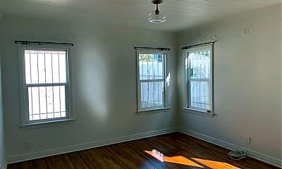 Bedroom, 546 N Poinsettia Pl, 2