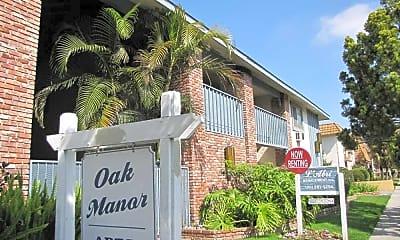 Community Signage, Oak Manor, 0