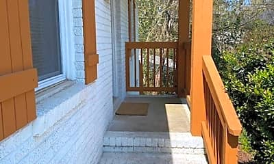 Patio / Deck, 140 Mattoon St, 1